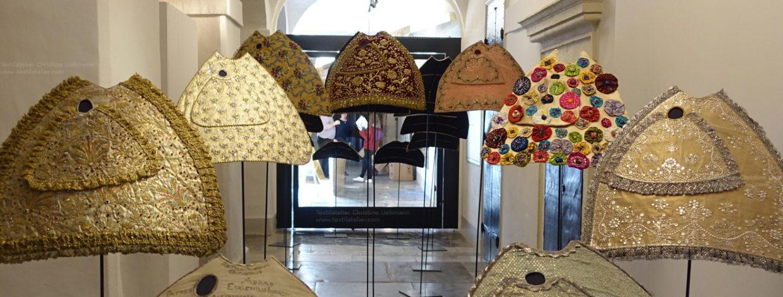 Diözesanmuseum Graz Ausstellung Liebfrauenkleider Mariazell